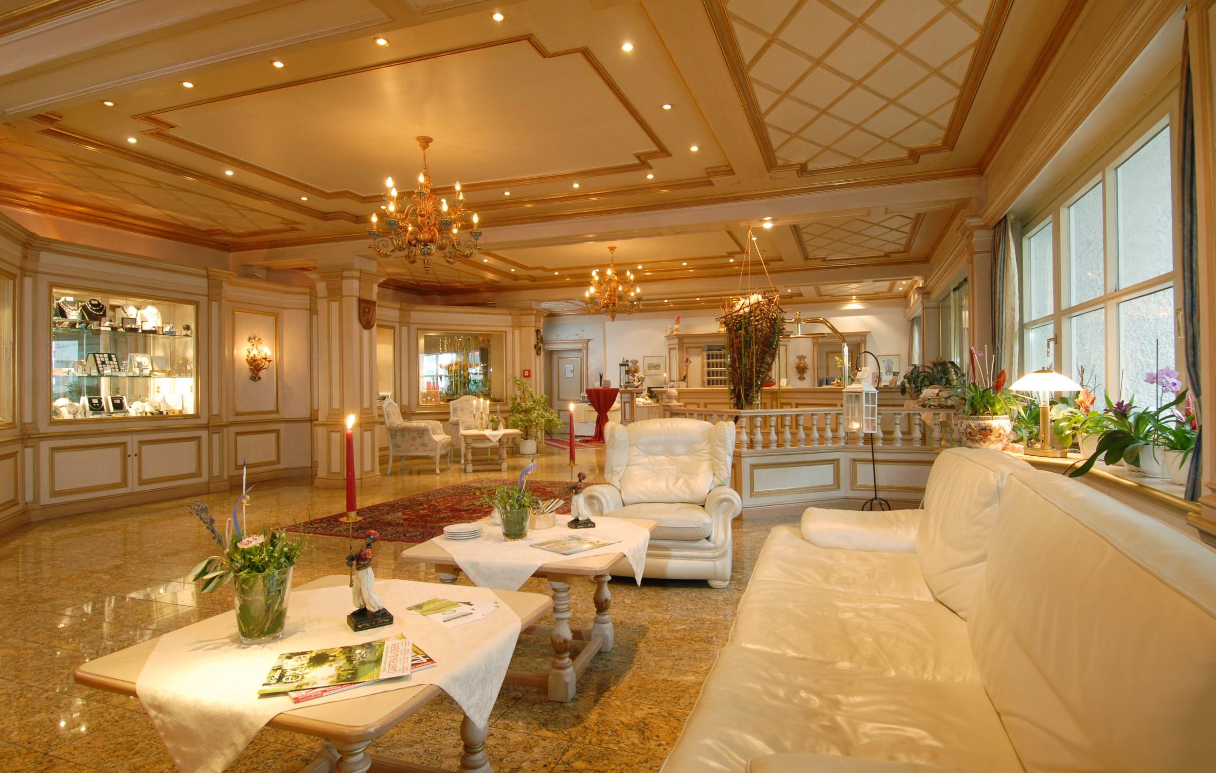 hotel rhon garden poppenhausen - Orange Hotel Decoration